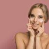 Jakie są przyczyny starzenia się skóry na szyi i jak temu zapobiec?